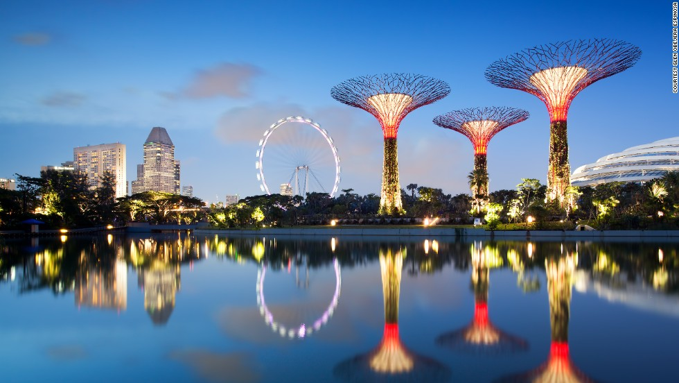 Garden By The Bay East Entrance solar-powered 'supertrees' at singapore's gardensthe bay - cnn