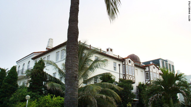 2010: Versace mansion's new life