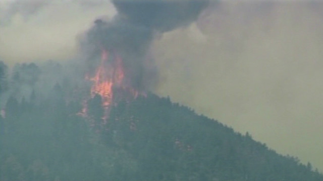 Conditions improve in Colorado fire