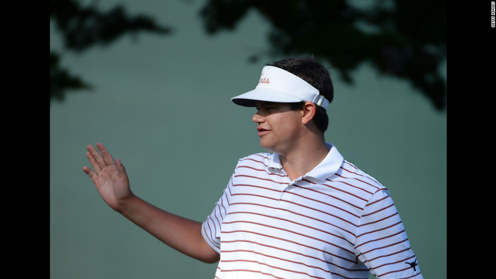 Beau Hossler celebrates a birdie on the seventh green.