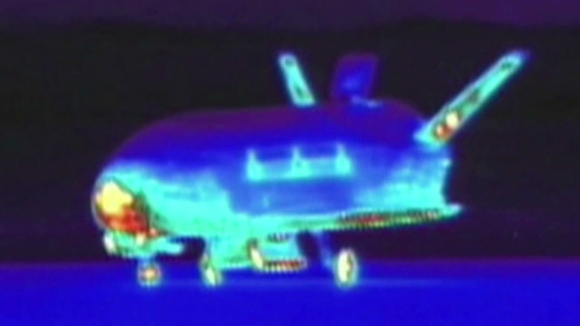 Infrared video shows space plane's June 2012 landing