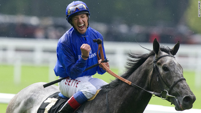 Frankie Dettori's decision to switch rides from Opinion Poll to Colour Vision proved a wise one.