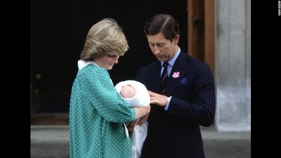 Prince Charles and Princess Diana leave St. Mary's Hospital in London with Prince William on June 22, 1982. A bulletin announced that the royal baby weighed 7 pounds, 1 1/2 ounces.