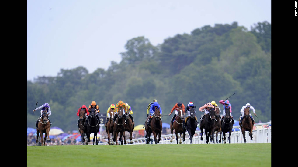 Riders race during the Diamond Jubilee Stakes on day five of Royal Ascot races Saturday.