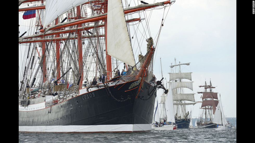 "The Russian ship ""Sedov"" sails the Windjammer Parade."