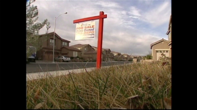 Latinos facing foreclosure