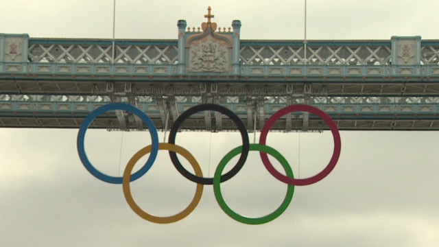 Olympic rings on London's Tower Bridge