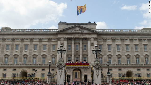 London's Buckingham Palace could one day be the perfect place to watch Formula One action.