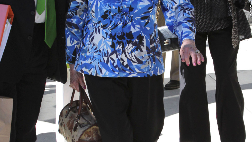 Betty White leaves a restaurant in Beverly Hills.