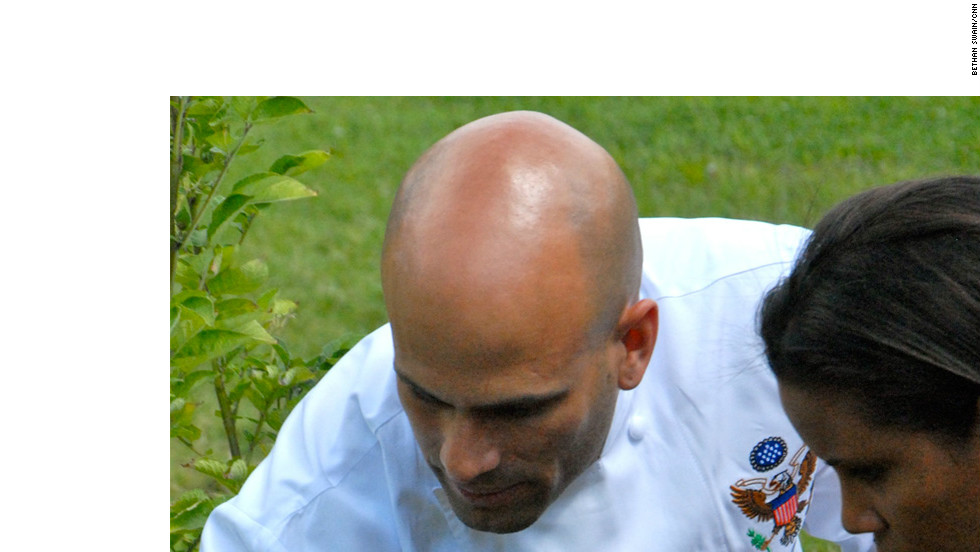 White House chef Sam Kass and CNN's Lisa Sylvester talk about the kitchen garden started by first lady Michelle Obama.