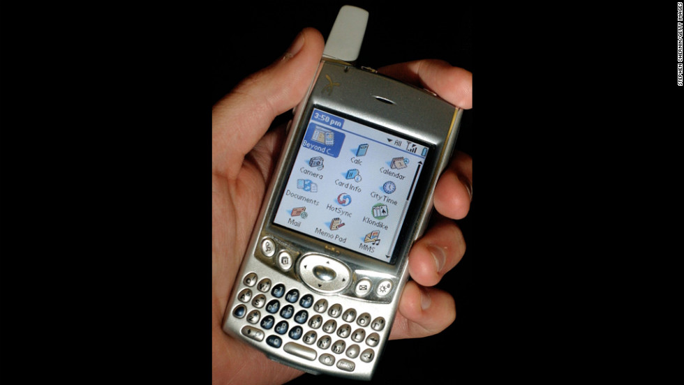 The Palm Treo 600 phone, pictured here in 2004, integrated voice calls with e-mail and Internet-browsing capabilities. And a nubby little antenna. The device was three years ahead of the iPhone but couldn't save Palm, which was dead by 2012.