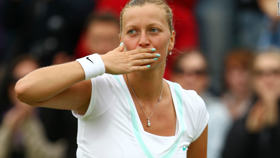 The 13-time grand slam winner will next play defending champion Petra Kvitova. The Czech Republic's world No. 4 beat 2010 French Open champion Francesca Schiavone.