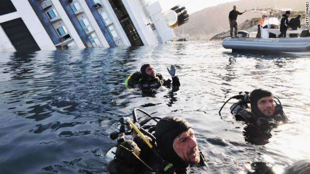 Italian coast guard divers search near the Concordia on January 21.