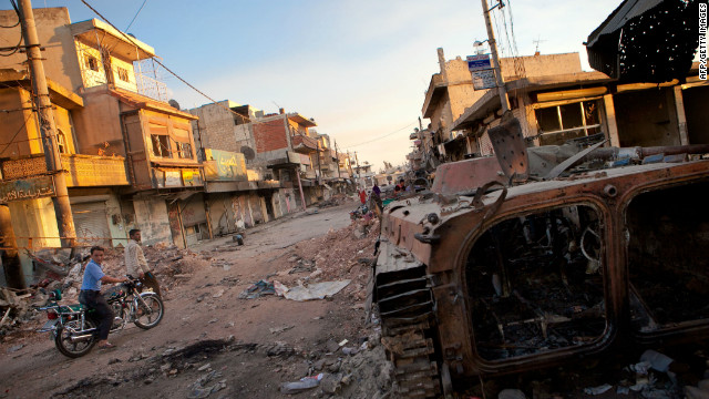 Rights group: Thousands killed in Syria