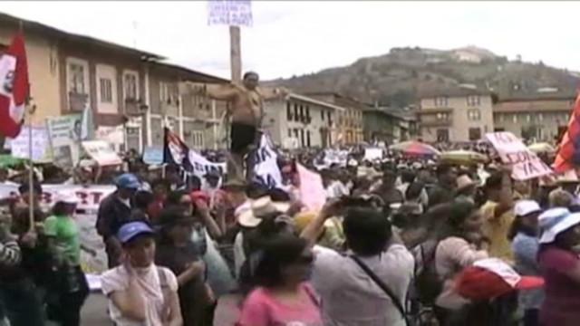peru belaunde protests_00012003
