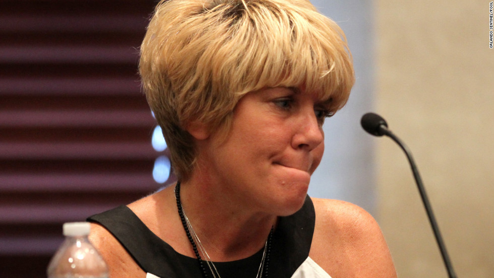 Anthony's mother, Cindy, reacts to a photo of her granddaughter, Caylee, on a monitor during her testimony on June 14, 2011, day 18 of the trial.