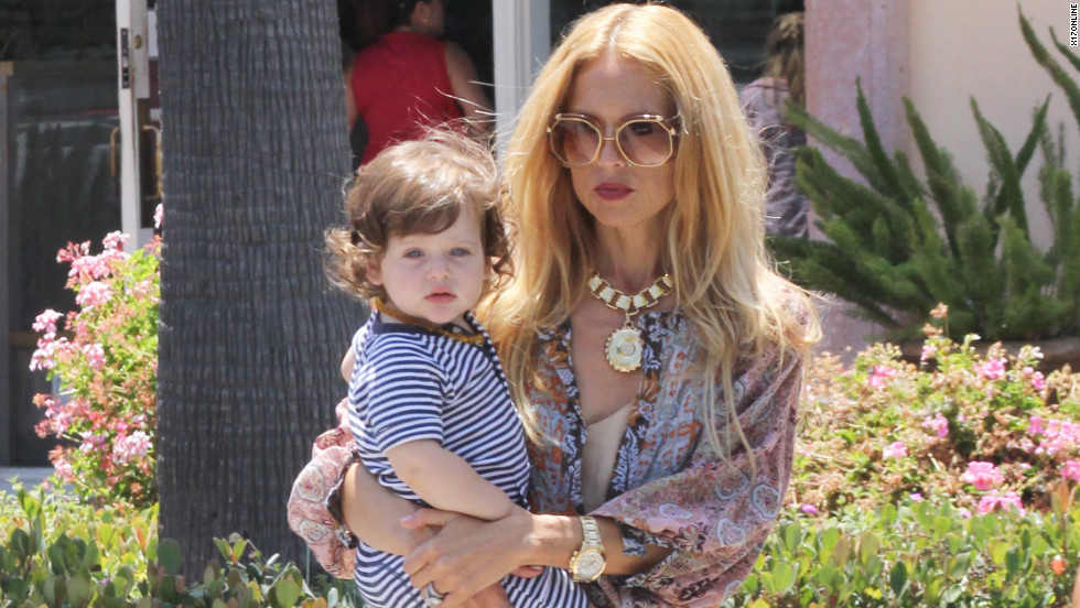 Rachel Zoe runs errands in Malibu.