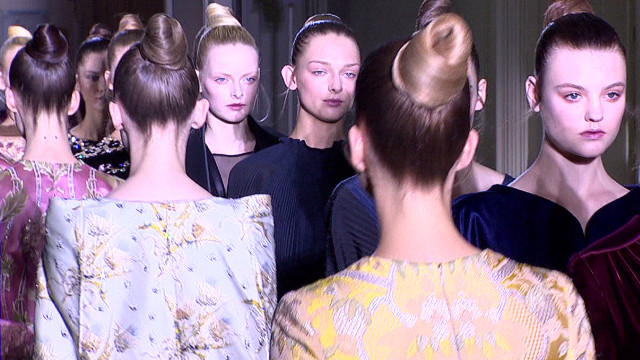 FASHION BACKSTAGE PASS PARIS _00001105