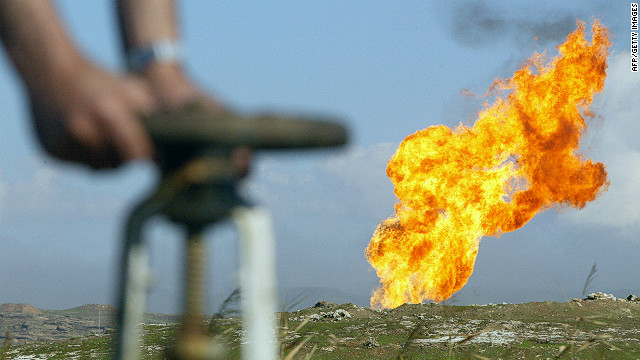 BP seeks oil contract change in Iraq