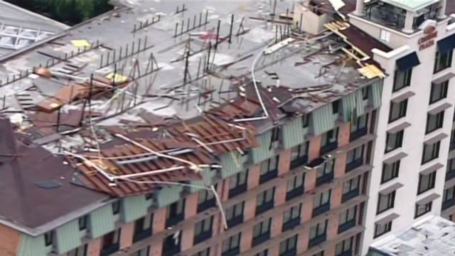 Storm rips roof off of hotel