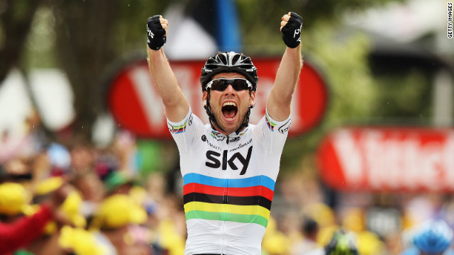 Mark Cavendish celebrates winning Stage 18 of the Tour de France