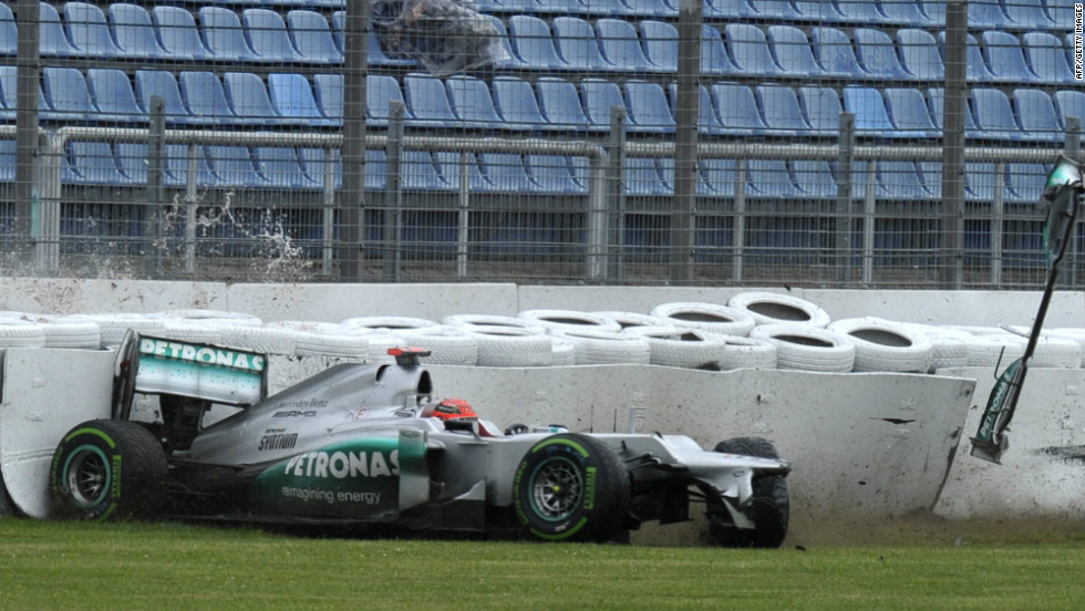 The eighth world title Schumacher had dreamed of was not to materialize. The Mercedes car was largely uncompetitive and the German great retired for a second time at the end of 2012.