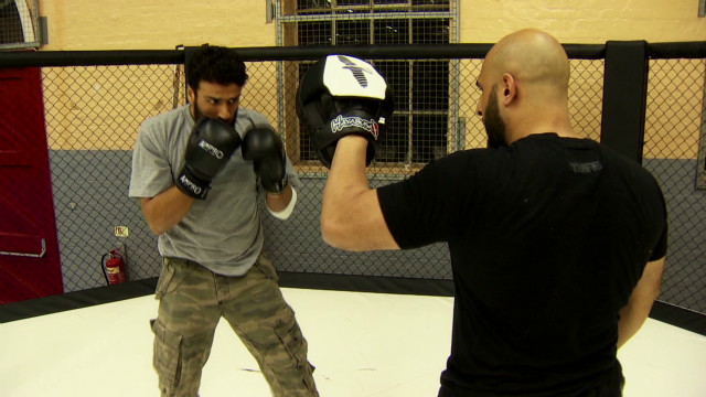Cagefighter turns terrorists to peace