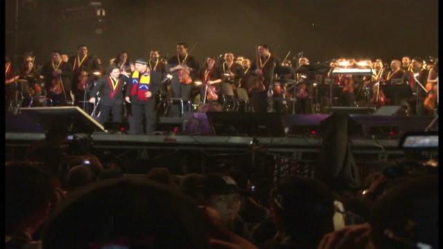 Hernandez Venezuela concert_00010614