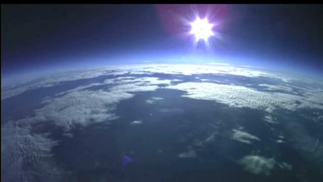 bts.baumgartner high altitude jump_00004624