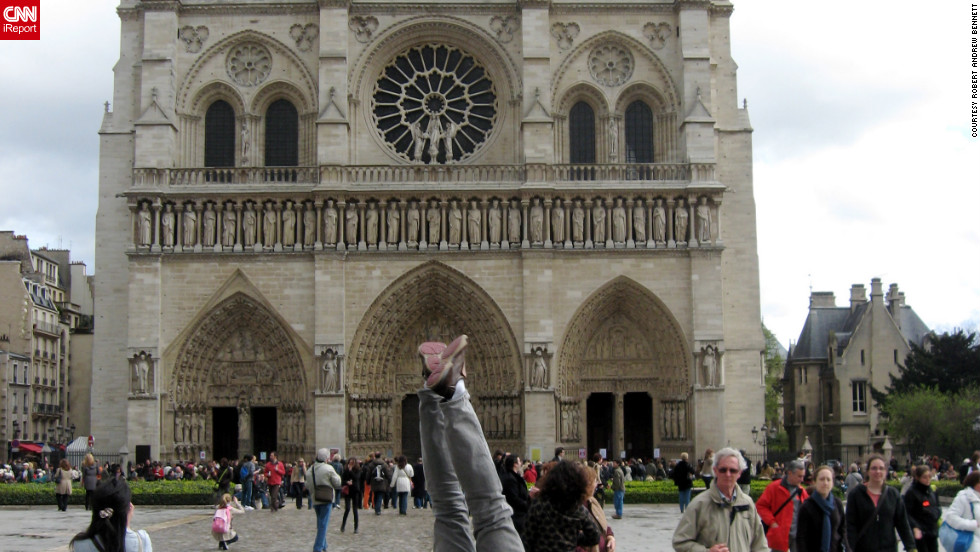 Bennett takes a stand in front of Notre Dame in 2008.