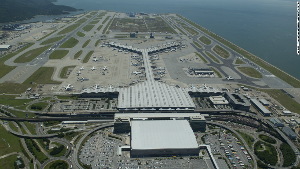 Hong Kong International Airport, the world's largest air cargo hub, saw more than 68.3 million passengers pass through its doors in 2015, an increase of 8.2%.