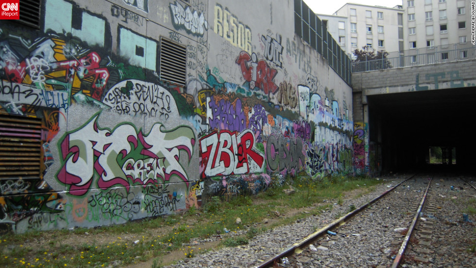 """Street art in urban underpass of <a href=""""http://ireport.cnn.com/docs/DOC-821862"""">Paris, France</a>."""