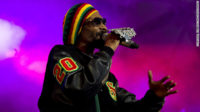 Snoop Dogg becomes rastafarian