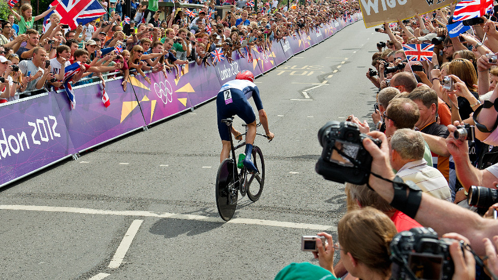 Just six days after his Tour de France triumph, Wiggins was back in the saddle for the men's road race in the London 2012 Olympics. He and the rest of the Great Britain team failed to help Mark Cavendish to victory but when it was a different story when Wiggins took part in the time trial.