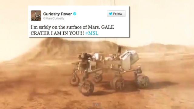 Curiosity tweets Mars landing