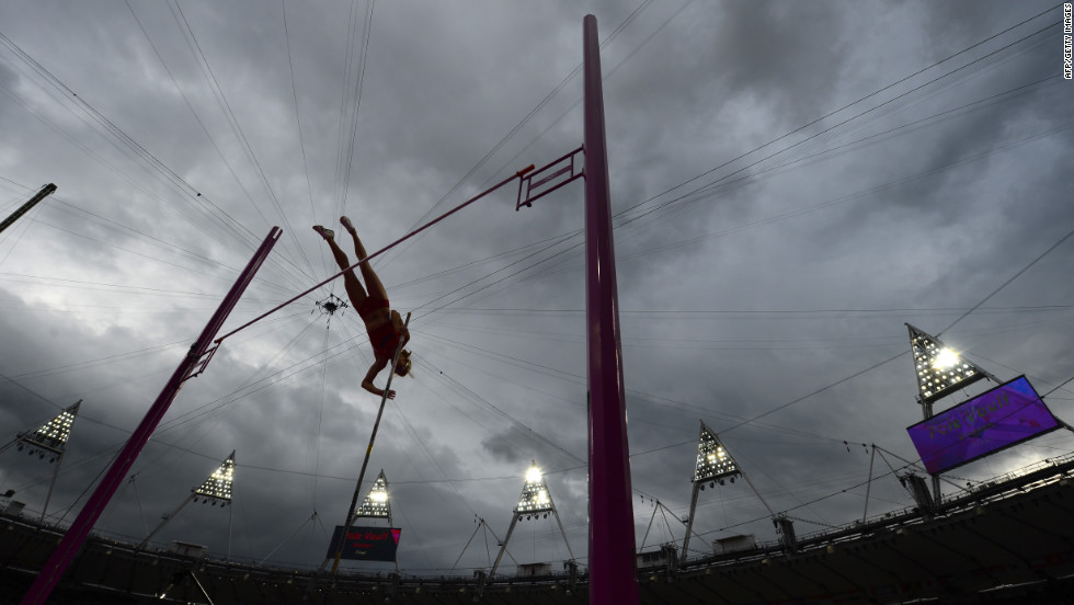 Becky Holliday of the United States competes in the women's pole vault final.