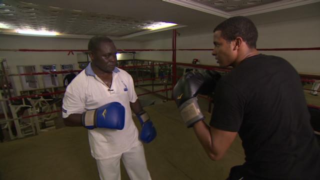 inside africa ghana boxing nelson c _00053822