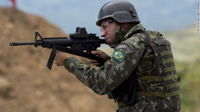 10,000 soldiers and civilians are to be sent to the country's southern border region, Brazil's defense ministry said.