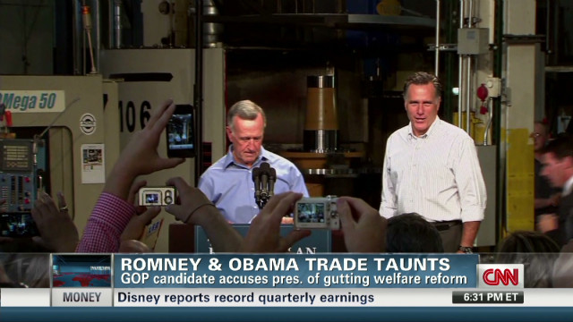 Romney hits Obama for welfare changes
