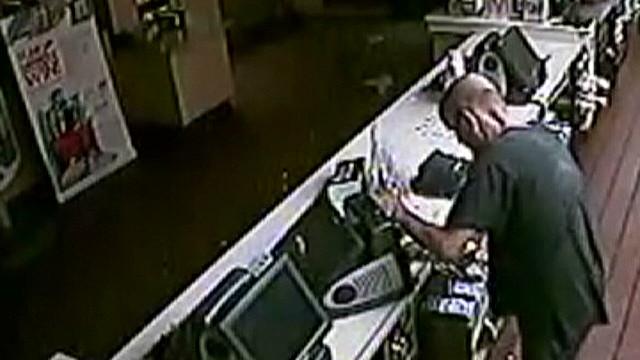 vo McDonalds burglar settles for dessert_00003429