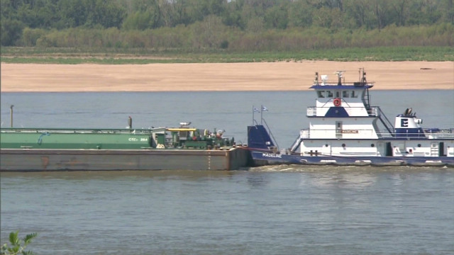 The closure was affecting 97 vessels Monday afternoon and was halting both northbound and southbound traffic, officials said.