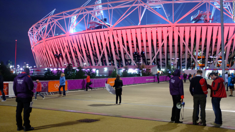 During the day, the Olympic Park in London is heaving with people going to and from events and seeing the sights. But at night, it's a different story. One day towards the end of the Olympics fortnight, CNN's Linnie Rawlinson stayed to see what happens once spectators are all inside the venues, watching their evening games.