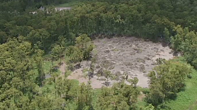 Massive sinkhole keeps growing