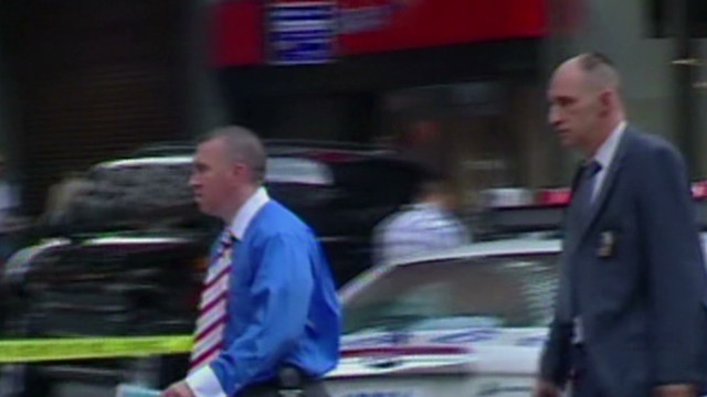 Police kill man in Times Square