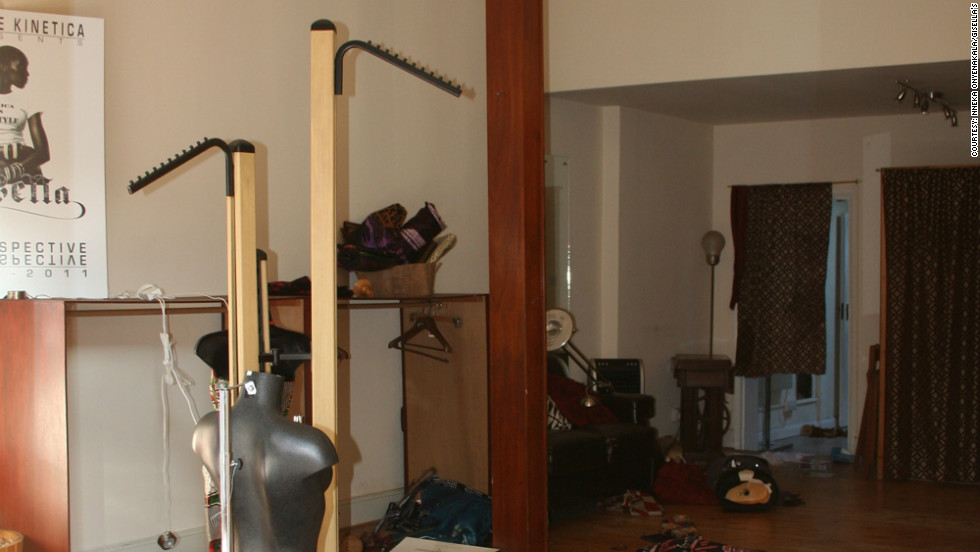 In August 2011, Gisella's was looted during London's riots. Looters damaged the shop and stole many of the dresses on display.