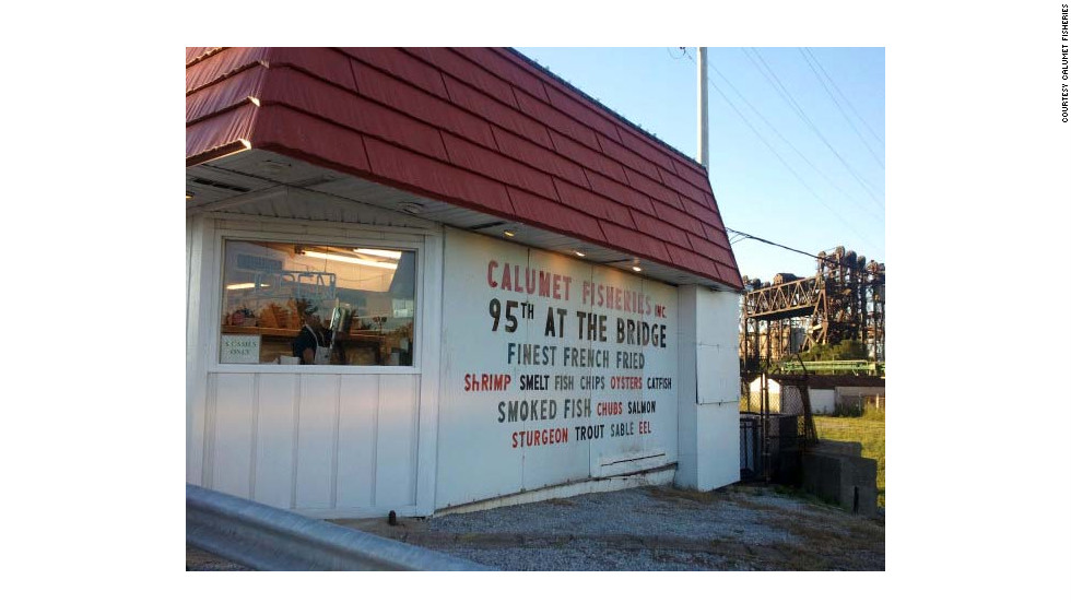 Calumet Fisheries has been attracting crowds since 1948. It's not really a restaurant, but the take-out seafood shack's smoked and fried fish make dining in the car worthwhile.