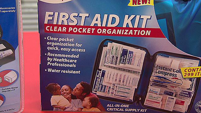 First aid kits _00010216