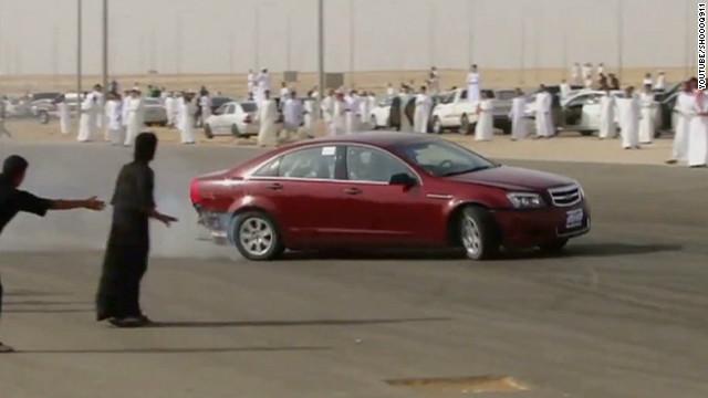 jamjoom uae saudi sand drifting_00023803