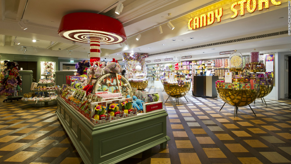 In the Candy Store, Papa Bubble makes confections throughout the day while shoppers browse soft toys and dolls with a sweet spot.