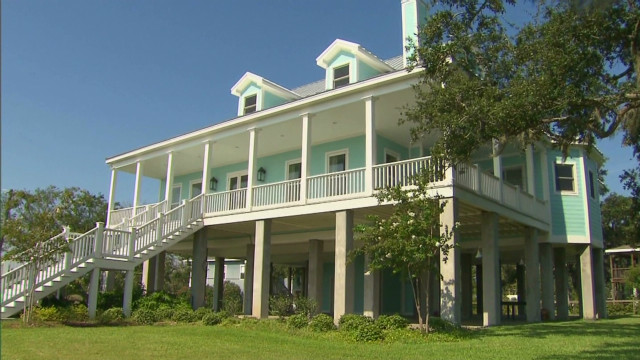 Bay St. Louis rebuilt, ready for Isaac